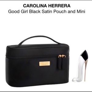 Handbags - 💙NEW CAROLINA HERRERA SET